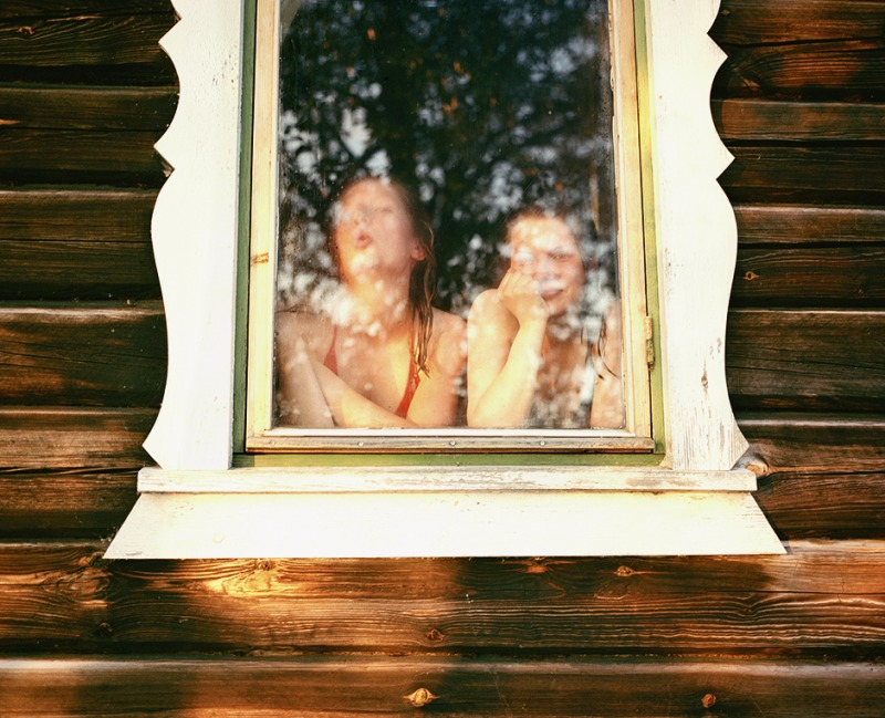 Johanna and Viikka in the sauna, 2006