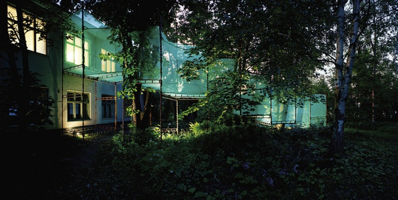 Garden with a view – outside view Villa Roosa installation in Orimattila, 2010